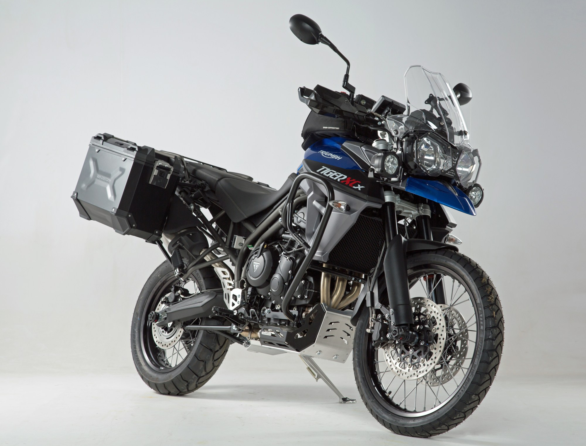 hight resolution of sw motech triumph tiger 800 xc xcx xca