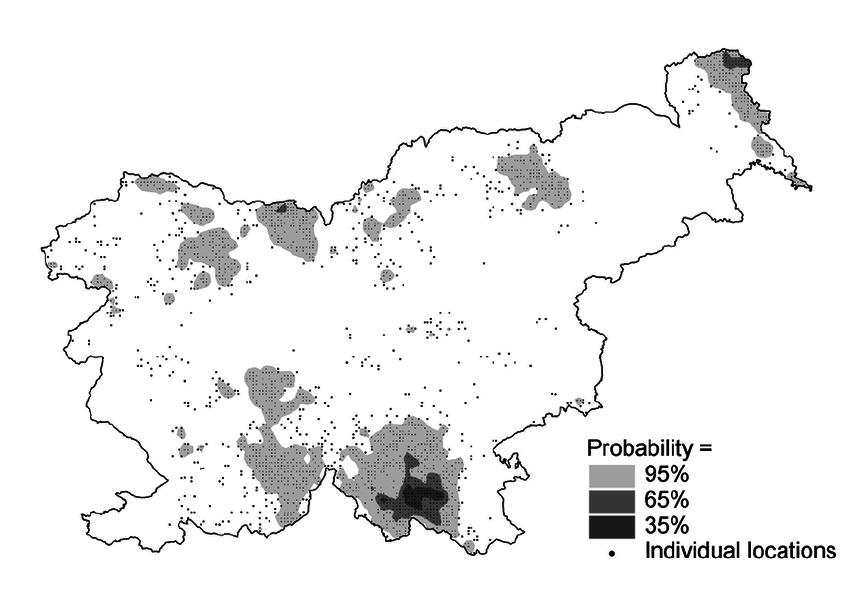 Current distribution range of red deer in Slovenia