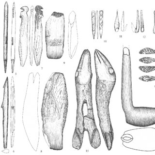 Stanovoje 4, lower layer (IV), bone and antler artefacts