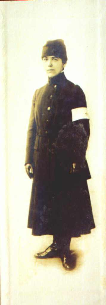 wwi woman in signal corp uniform