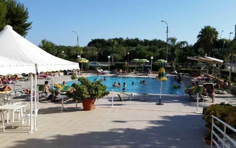 14 PISCINA ANIMATA 4742x2988 800x504rid e1458729214543 Casa Vacanze a Taranto sul mare in Puglia - Salento