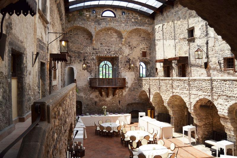 CASTELLO DI LIMATOLA  Castello Limatola Benevento