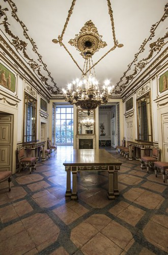PALAZZO SAN TEODORO  Palazzo storico Napoli Campania
