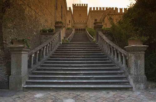 ANTICO BORGO DI TABIANO  Borgo medievale Tabiano Castello