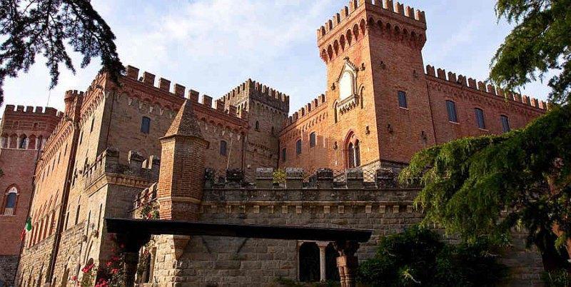 CASTELLO DI VALENZANO  Castello Subbiano Arezzo Toscana  Matrimoni e ricevimenti