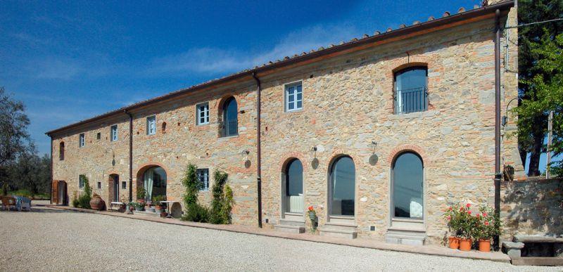 FATTORIA LA SERRA  Antico casale La Serra Carmignano Prato Toscana  Matrimoni e ricevimenti