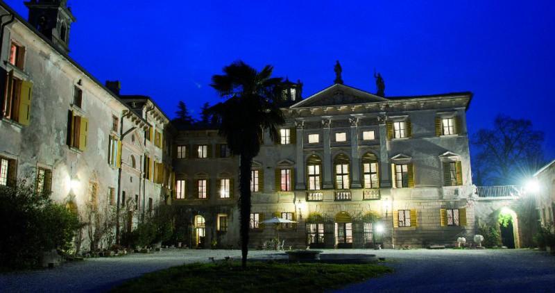 VILLA VERITA FRACCAROLI  Villa San Pietro di Lavagno