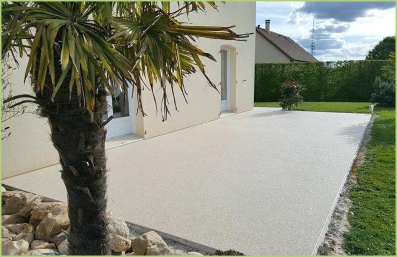 une terrasse en resine de marbre