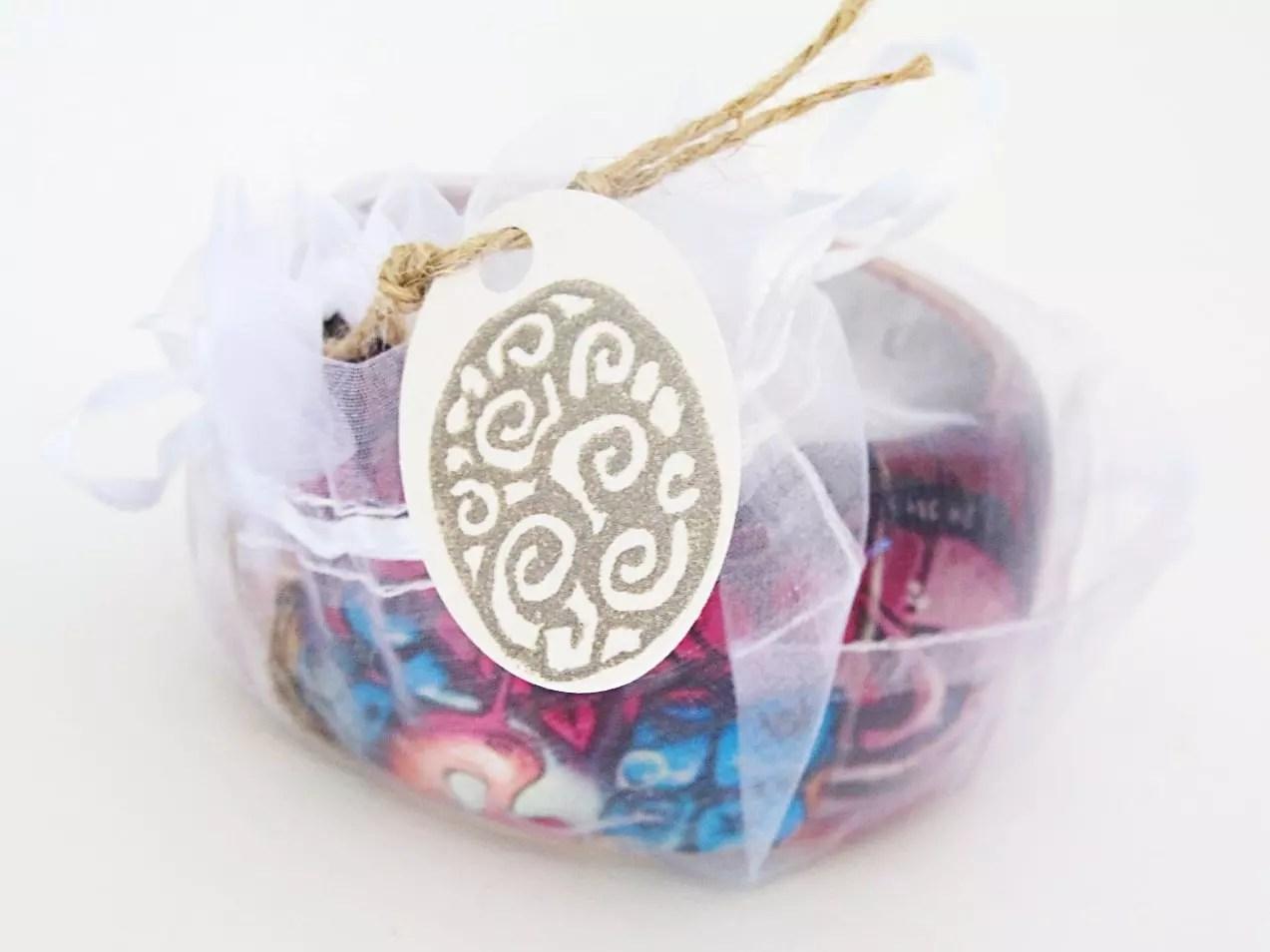 bracelet in organza bag