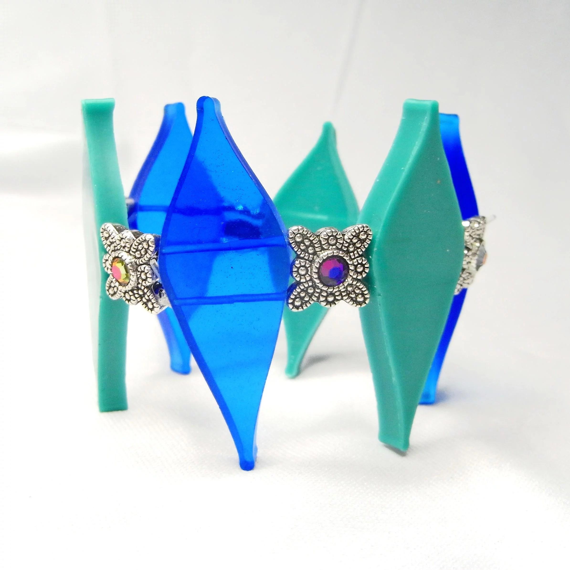 Resin diamonds bracelet