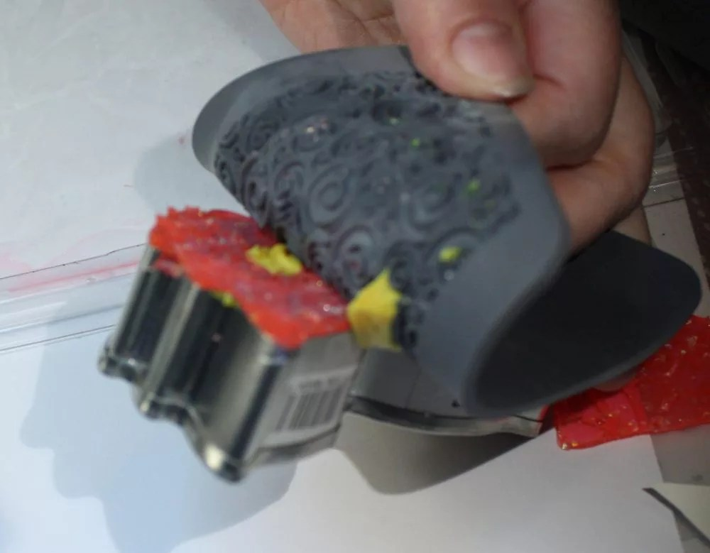 demolding resin from a cookie cutter mold