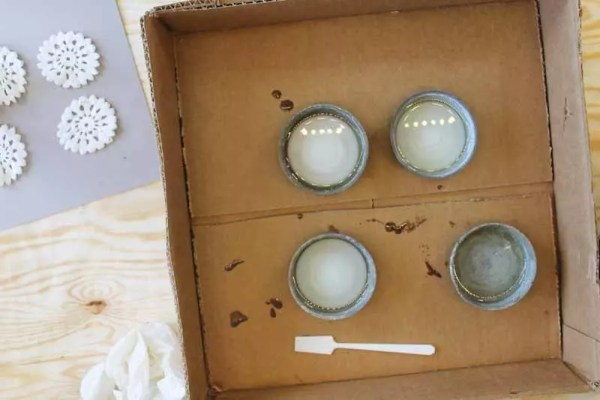 remove bubbles in resin from mason jar lids
