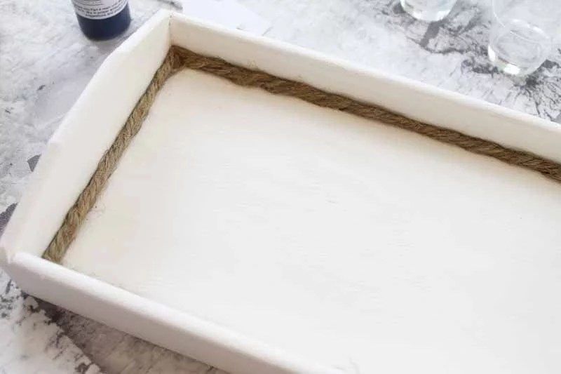 wooden tray with rope border