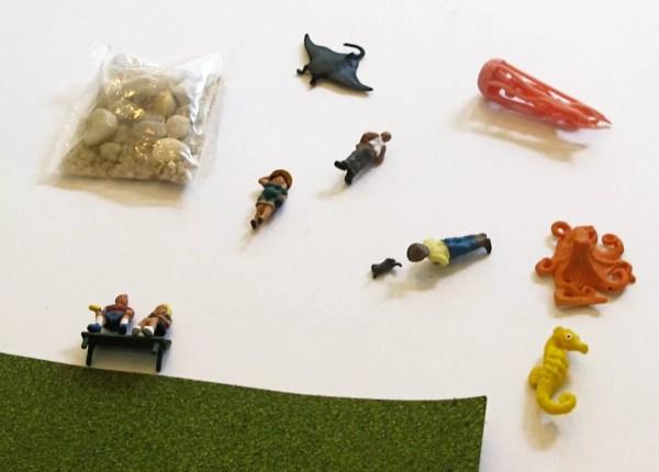 diorama pieces