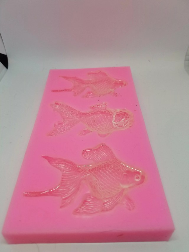 resin in resin fish molds