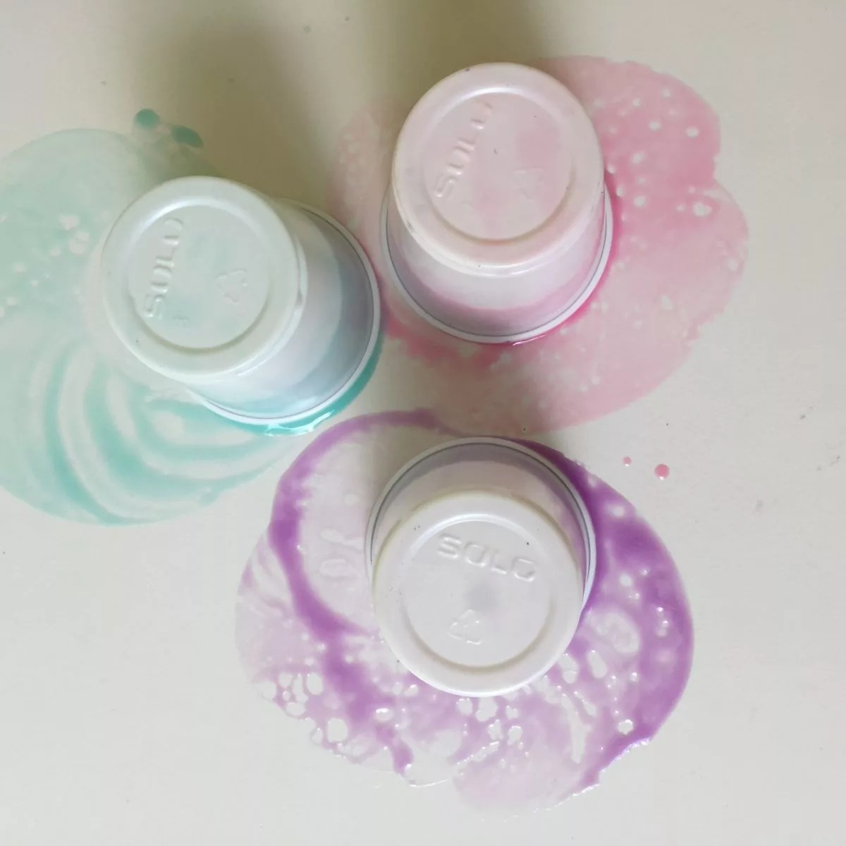 resin flip cups