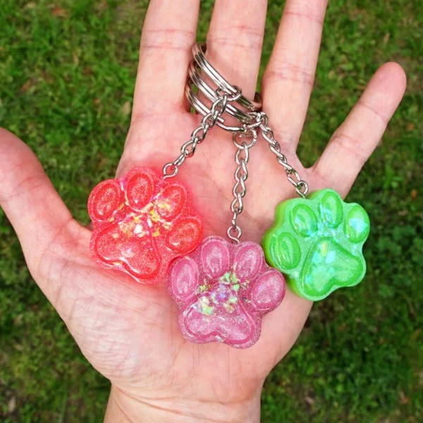 resin paw print keychain charms