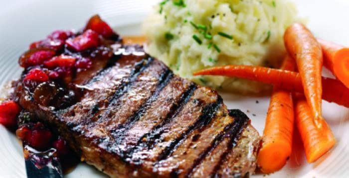 rabarbaro e carne di maiale alla griglia