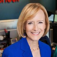 Judy Woodruff smiling