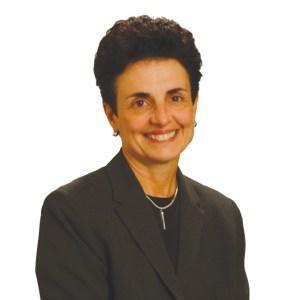Headshot of Ana Oliveira
