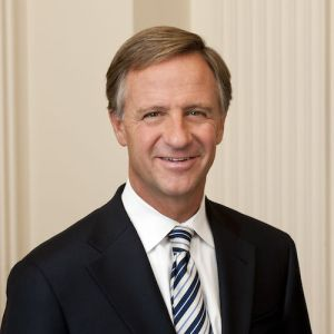 Gov. Bill Haslam headshot