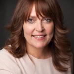 Lianne Heller headshot smiling
