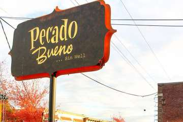 Hot Sauce & Taco Spots: Pecado Bueno