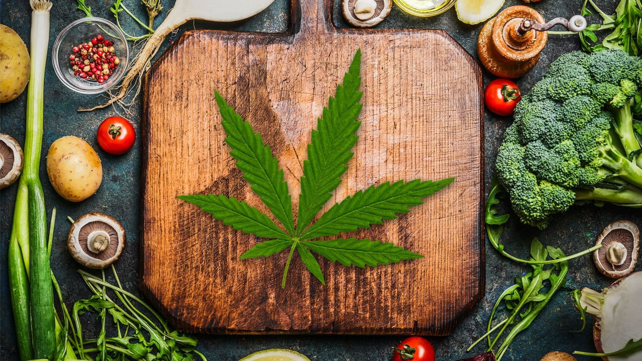 Learn How To Make Cannabis Cooking Oil & Start Infusing Your Food