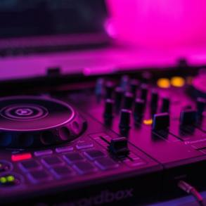 What it Takes to Premiere Your Electronic Music Effectively in 2020-2021