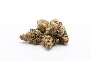 strawnana cannabis nug