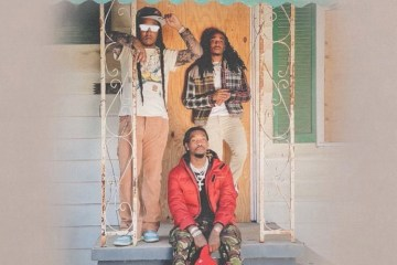 """Migos Show Off Exotic Cars In Their New Cold Visuals For """"Straightenin"""""""