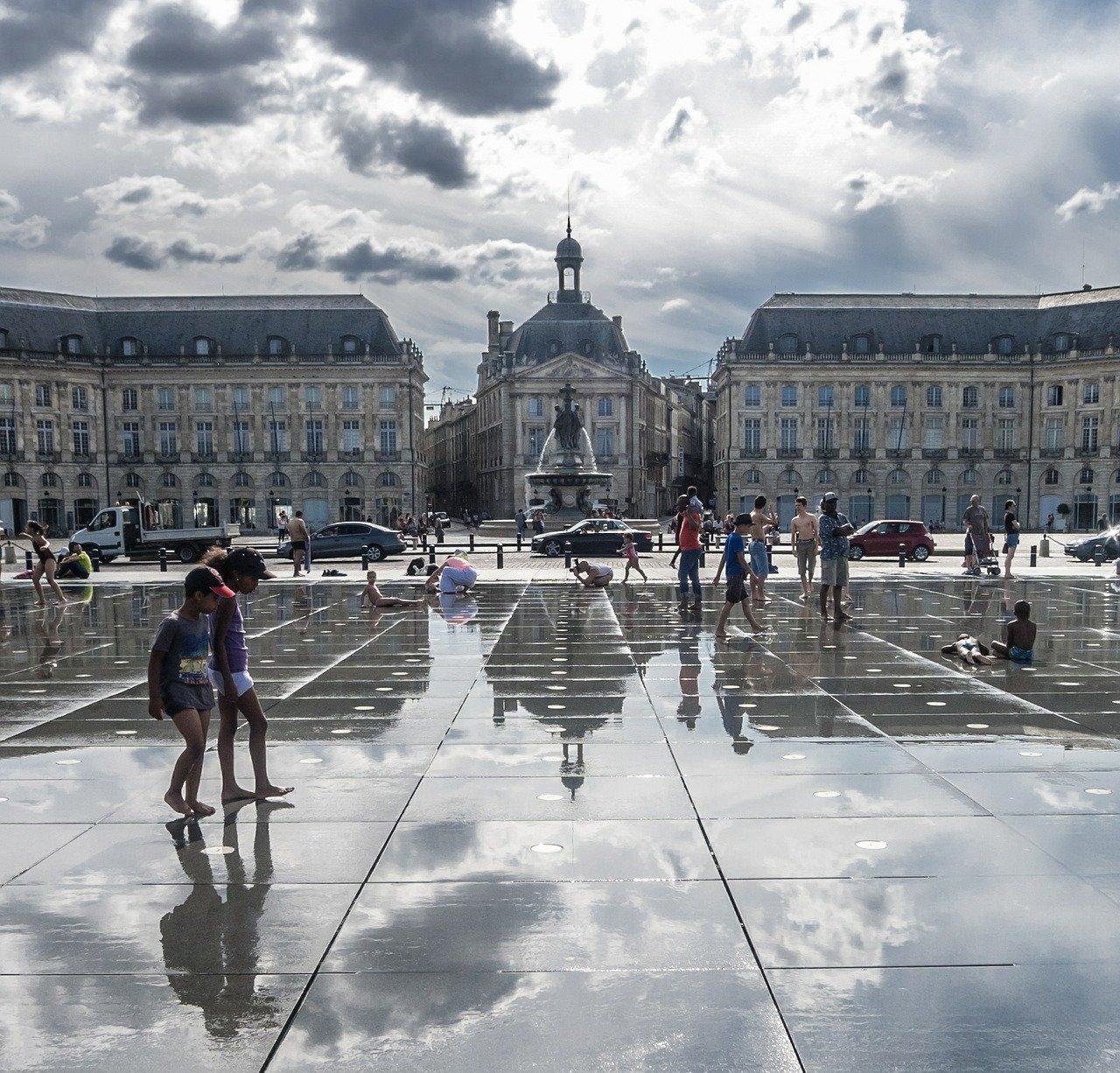 Place de la ville de Bordeaux