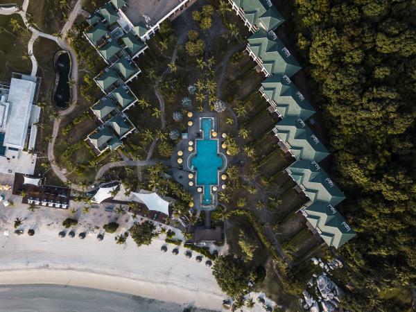 Luxury Beach Resorts Holidays Helping Dreamers Do