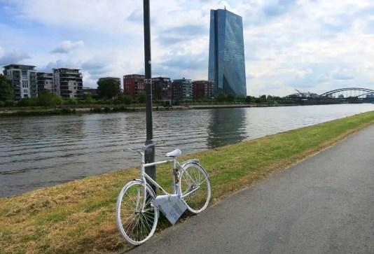Frankfurtom na bajku