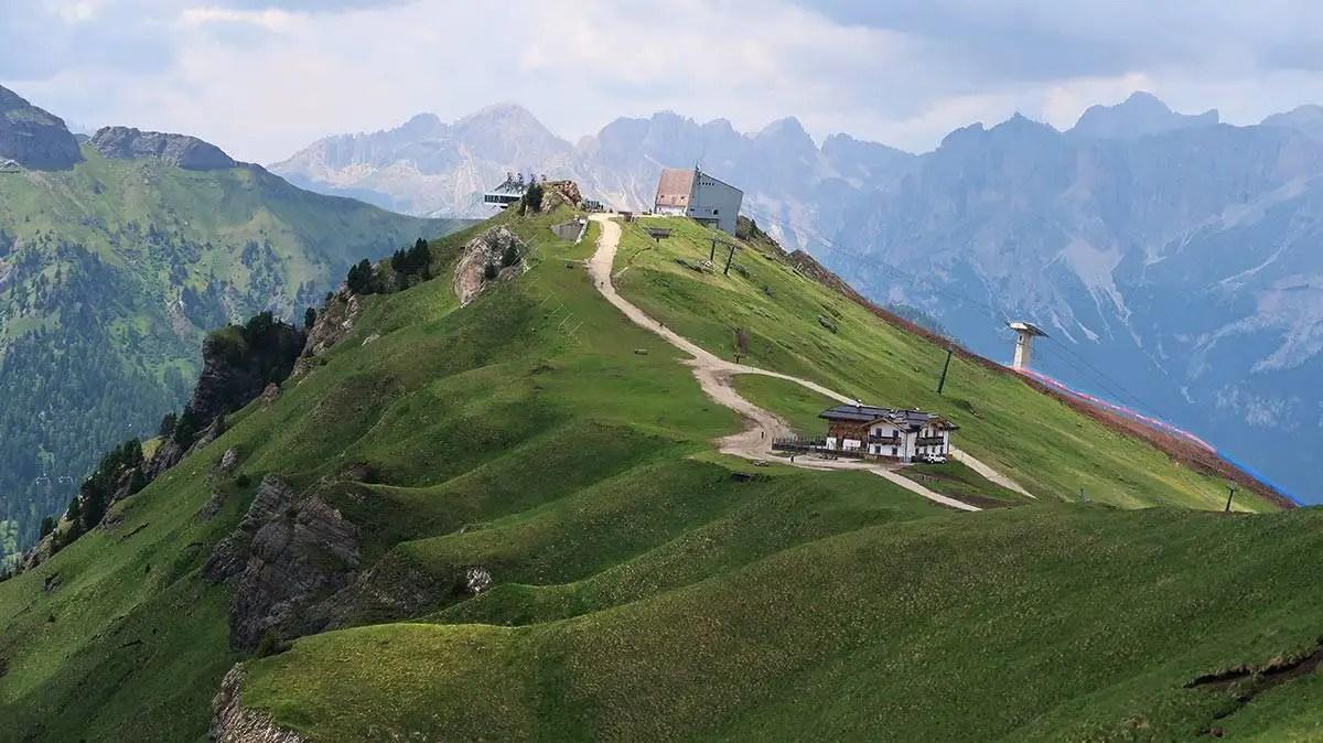 Passo Pordoi hiking trail