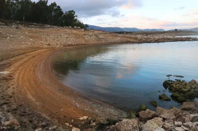 Nízka voda jazera