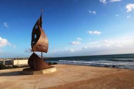 Popri mori vedie bežecký chodník