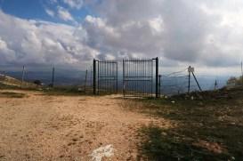 Brána odnikiaľ nikam