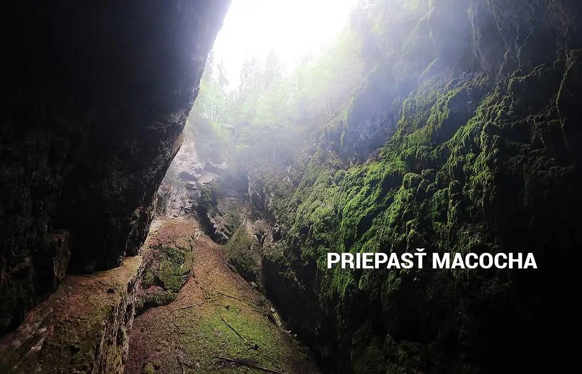 Priepasť Macocha - turistické trasy/ cyklotrasy