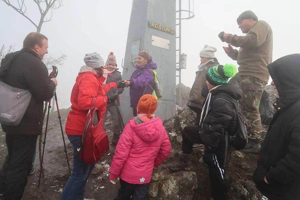 Vápenná (Roštún)- turistické/cyklo trasy