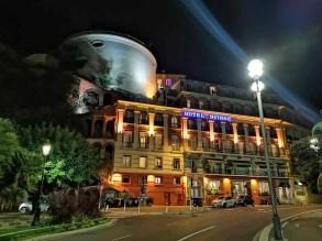 Výstup na Castle Hill Suisse hotel