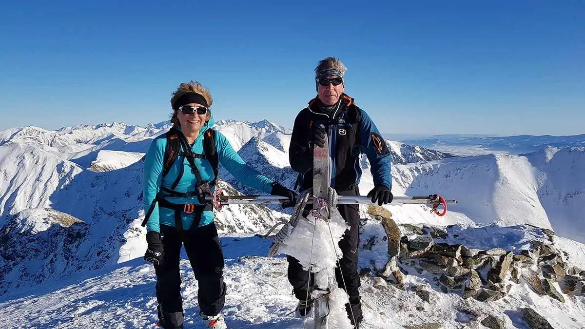 Náhľad do jednej bežnej sezóny skialpových nadšencov
