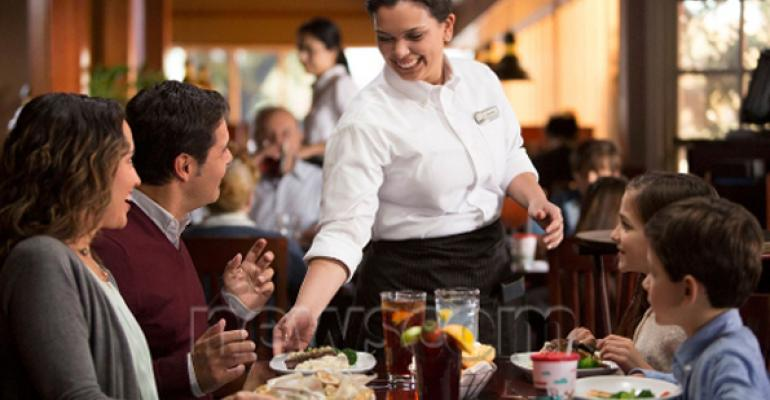 Darden Restaurants Inc changes dining room sizes servers cover  Restaurant Hospitality