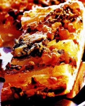 Prăjitură cu fructe si crustă de brânză