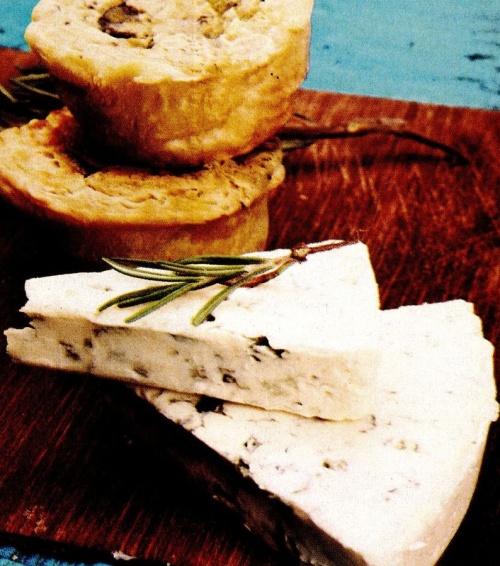 Brioşe cu brânză Roquefort