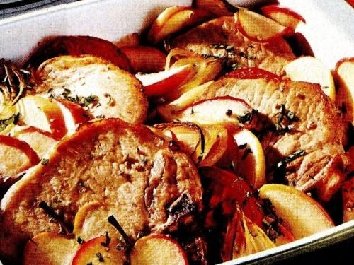 Cotlet de porc cu mere