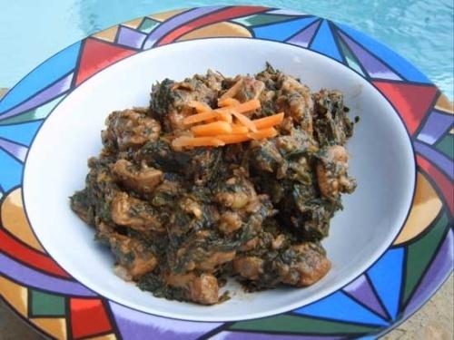Cum se prepara Pui Curry cu Spanac (video)