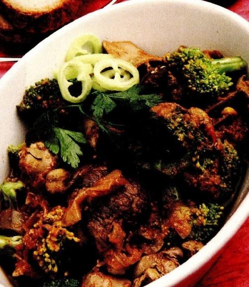 Mâncare de ficăţei cu broccoli