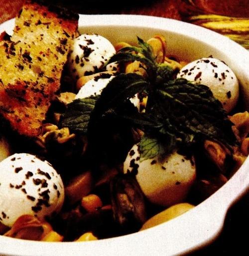 Salată cu scoici şi mentă