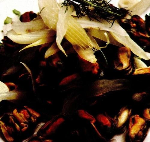 Salată de midii cu fenicul